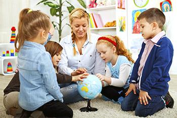 Les enfants et les étudiants réfléchissent et apprennent mieux dans un environnement où l'air est pur.