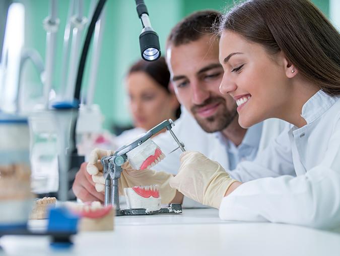 Branże – Stomatologia – Odlewnie stomatologiczne